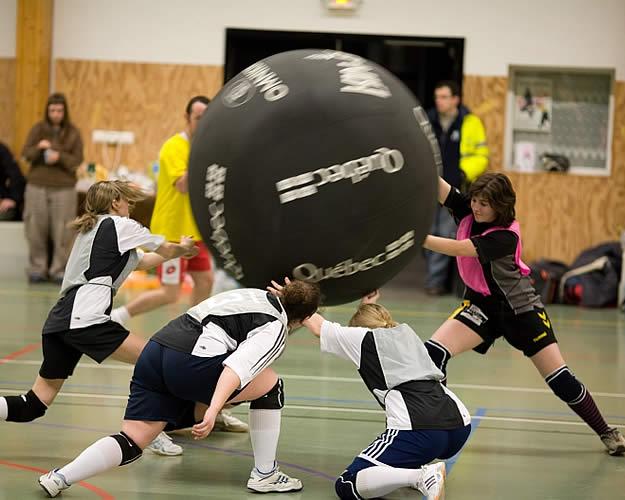 Le kin-ball : un sport de boule québécois