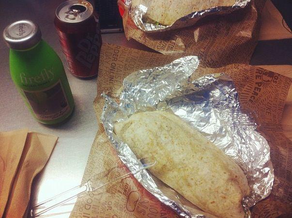 chipotle paris burrito