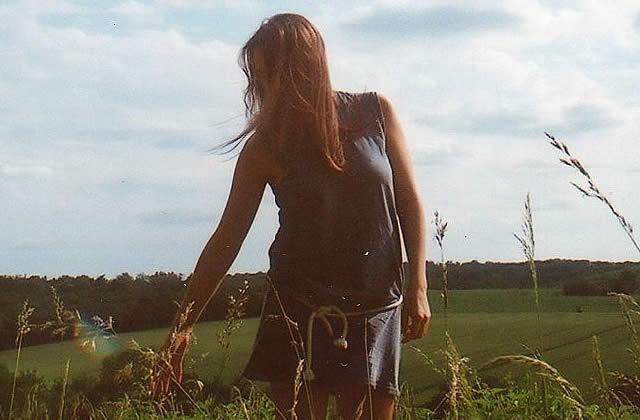 EXCLU – Écoutez le premier EP de Laure Briard !