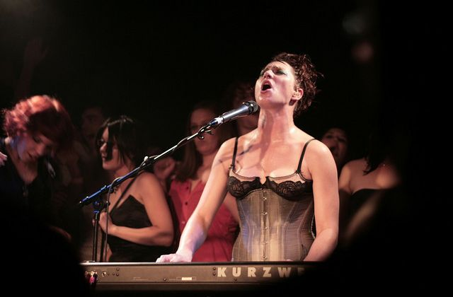 Amanda Palmer, son boob, le Daily Mail et le crowdfunding