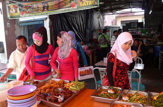 Lislamophobie ordinaire — Vos témoignages halal1