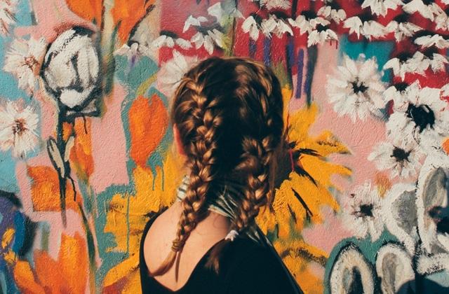 Réparer ses cheveux après l'été : quelques conseils