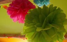 DIY déco — Trois types de pompons en papier de soie