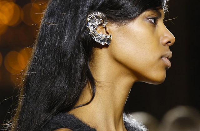 Le «ear cuff», la tendance bijou phare de l'automne/hiver 2013-2014