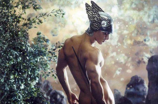 «Masculin/Masculin » : les hommes nus s'exposent à Paris