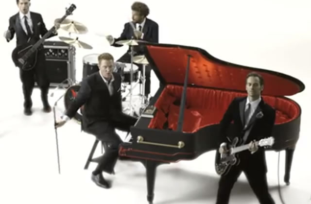 Queens Of The Stone Age sortent un clip interactif