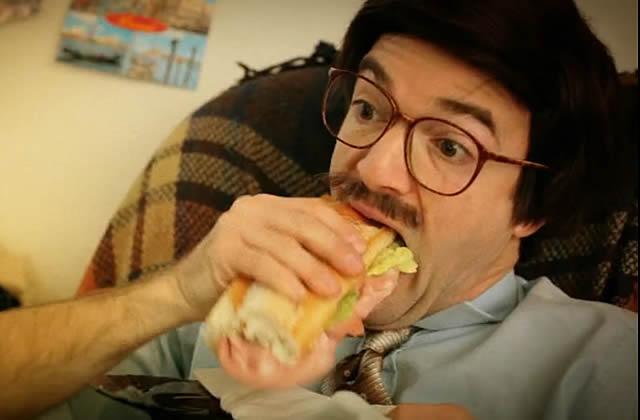 EXCLU : «Je Mange », le clip d'Oldelaf avec Jonathan Lambert