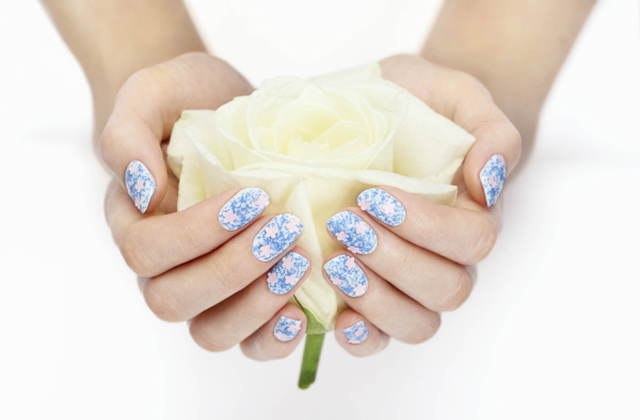 Floral, la collection de vernis fleuris de Nails Inc.