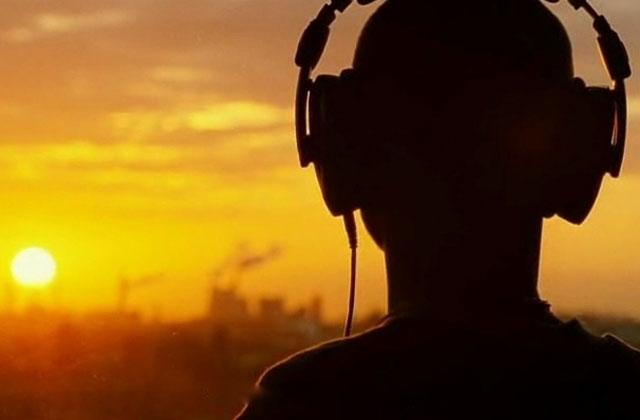 Quelle chanson conseiller à quelqu'un qui n'a jamais entendu de musique ?