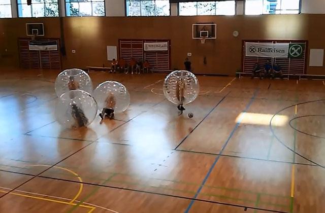 Le Bubble Football, le meilleur sport du monde
