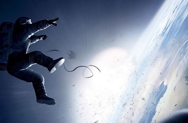 Gravity : la scène coupée qui aurait tout changé