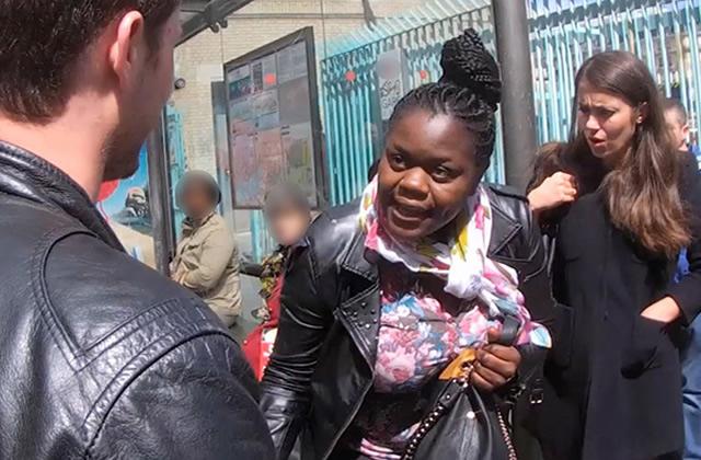 Cam Clash, une caméra cachée sur les discriminations du quotidien