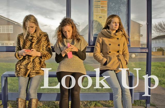 «Look Up », la vidéo qui méprise la «génération Y»