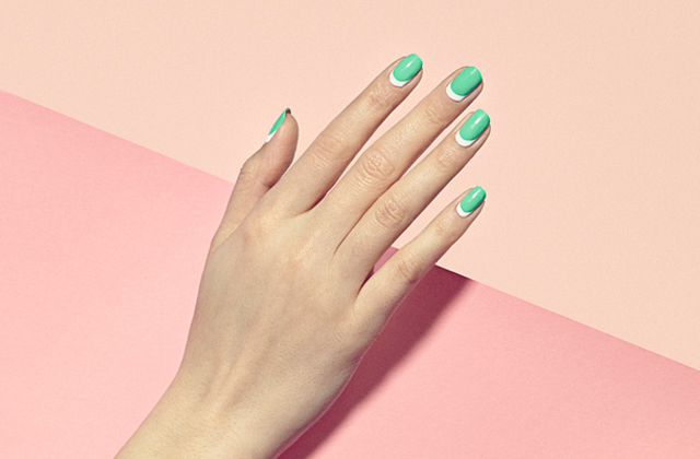 Un salon new-yorkais propose du nail-art « pour adultes »
