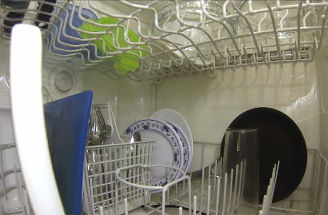 Une GoPro dans un lave-vaisselle, ça donne quoi ?