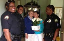 Un homme atteint d'Alzheimer fugue pour offrir des fleurs à sa femme