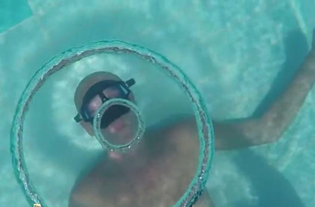 L'apnéiste qui sculpte l'air, pour un art sous-marin éphémère