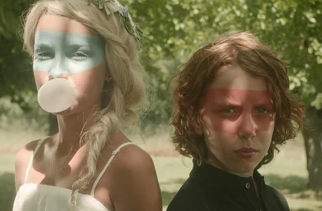 Julien Doré et Micky Green – Chou Wasabi, le clip
