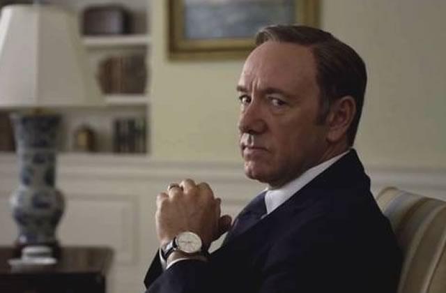 Kevin Spacey imite Bill Clinton au téléphone avec Hillary