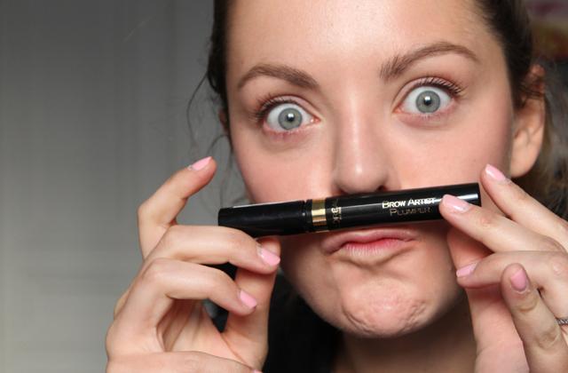 Apprends à dessiner tes sourcils avec L'Oréal Paris