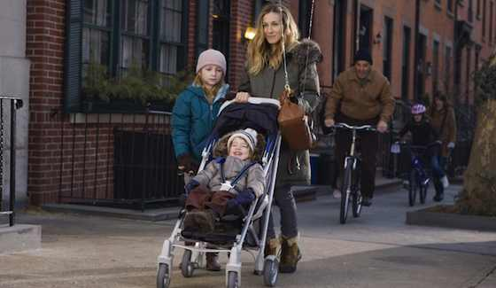 I-Dont-Know-How-She-Does-It-Movie-Review--Sarah-Jessica-Parker-and-Greg-Kinnear-MP