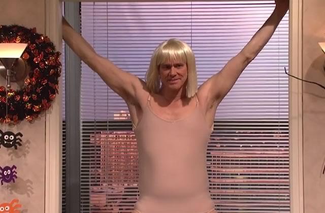 Jim Carrey refait le clip de Chandelier pour le SNL