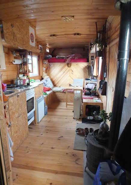 intérieur d'un camion aménagé