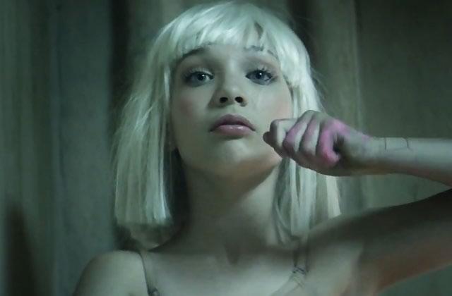 Le clip de «Chandelier» sans musique est assez flippant