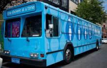 Lava Mae, le bus qui parcourt San Francisco pour offrir des douches aux sans-abri