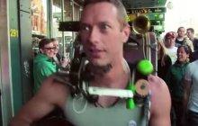 PV Nova chante Coldplay en version shred
