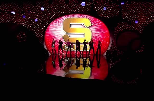 Les S Club 7 réunis proposent un medley de leurs meilleurs titres