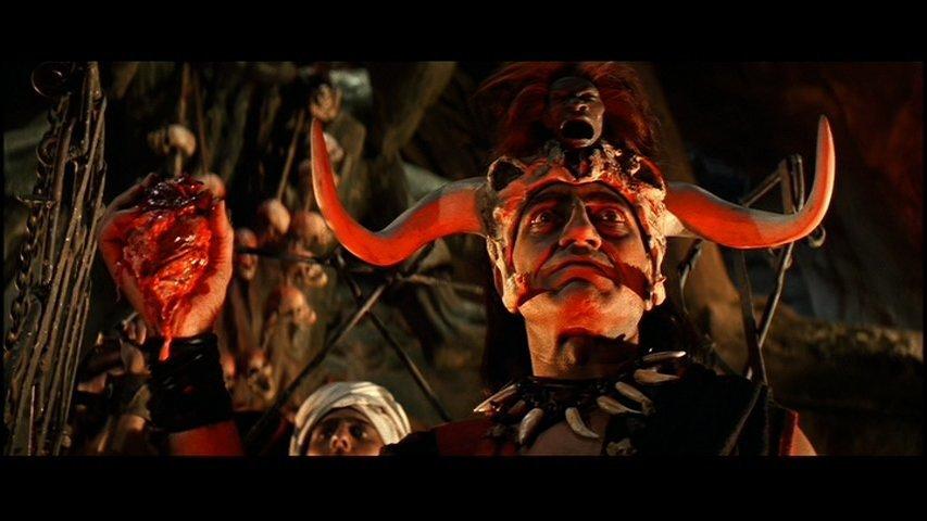 Indiana-Jones-and-the-Temple-of-Doom-Mola-Ram-Amrish-Puri-heart (2)