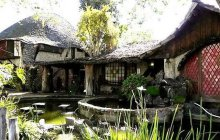 Maison de Hobbit à louer, bon état global, loyer correct