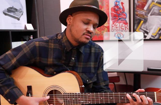 Son Little joue « Cross my heart » en acoustique guitare-voix