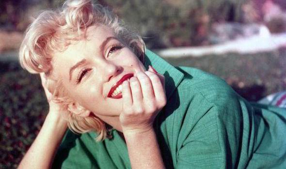 Marilyn-Monroe-550270