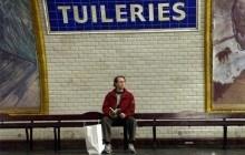 Un conducteur chante dans le métro pour distraire ses passagers