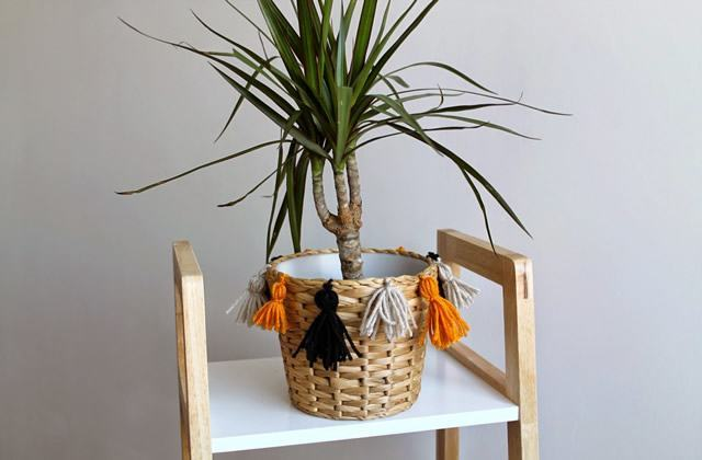 DIY — Un cache-pot à pompons