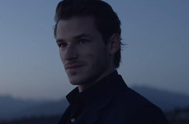 Gaspard Ulliel sexy comme pas permis dans la nouvelle pub Bleu de Chanel