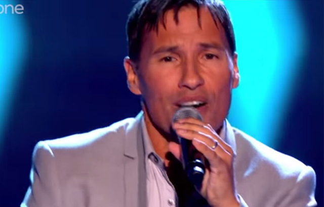 Nathan des Worlds Apart tente l'aventure The Voice UK