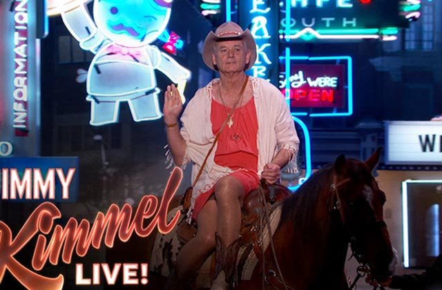 Bill Murray débarque chez Jimmy Kimmel à cheval pour le SXSW