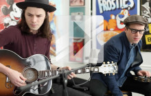 « Hold back the river », le hit de James Bay en acoustique guitare-voix