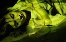 Luciole sort le clip de «Une», tiré de son premier album auto-produit