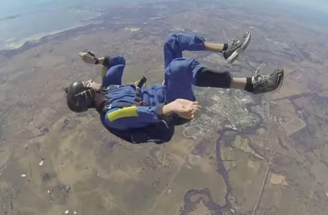 Le sauvetage de l'extrême… en plein milieu d'un saut en parachute