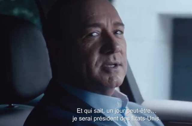 Kevin Spacey rend hommage à ses rôles cultes dans une publicité pour Renault