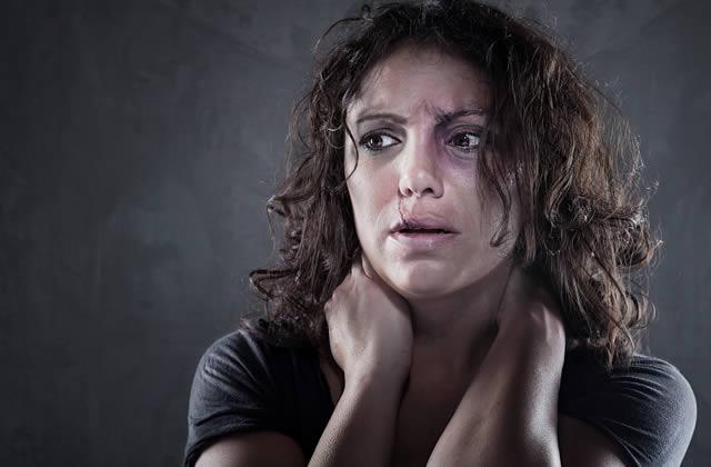 «Ne meurs pas par moi» regroupe des lettres de maris violents qui ont récidivé