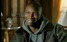 Omar Sy répond au racisme de Voici par un hommage à la coupe Afro