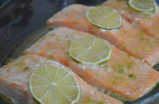 Pavé de saumon au miel et au citron vert — Recette estivale