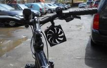 Chargez votre téléphone en faisant du vélo grâce à l'invention d'un adolescent roumain