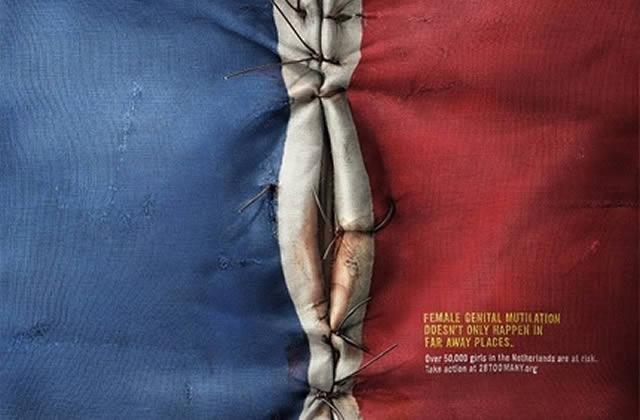 Des drapeaux occidentaux mutilés… pour dénoncer l'excision