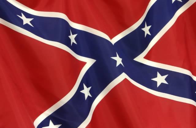 Le drapeau confédéré, symbole du racisme, ne flottera plus en Caroline du Sud